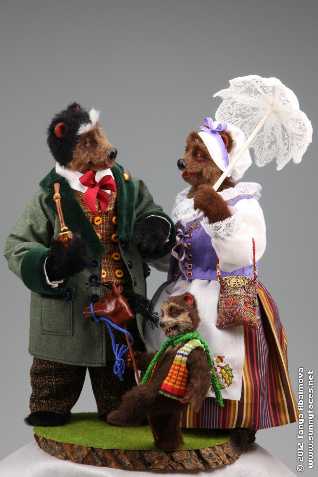 The Bear Family - One-Of-A-Kind Doll by Tanya Abaimova. Creatures Gallery