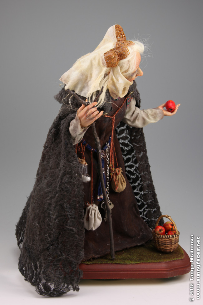 Witch Queen - One-Of-A-Kind Doll by Tanya Abaimova. Characters Gallery